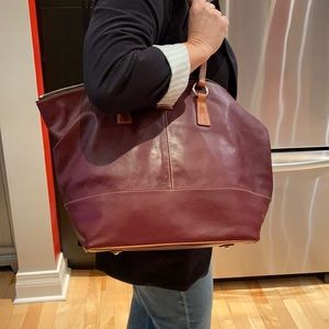 Dooney & Bourke large burgundy tote